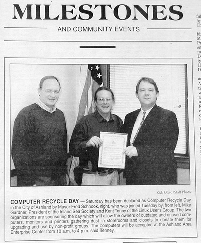 /images/400wide/DailyPressComputerRecycleDay-DSCN8137.jpg
